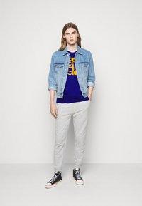Polo Ralph Lauren - T-shirt imprimé - heritage royal - 1