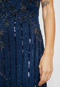 Lace & Beads Petite - MALIA MAXI - Společenské šaty - blue - 6