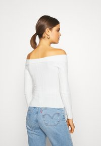 Miss Selfridge - WIDE BARDOT - Jumper - cream - 2