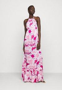 Love Moschino - Maxi dress - splash rosa - 1