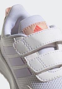 adidas Performance - TENSAUR RUN UNISEX - Neutral running shoes - ftwr white/purple tint/vapour pink - 6