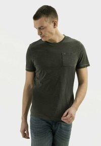 camel active - Basic T-shirt - leaf green - 0