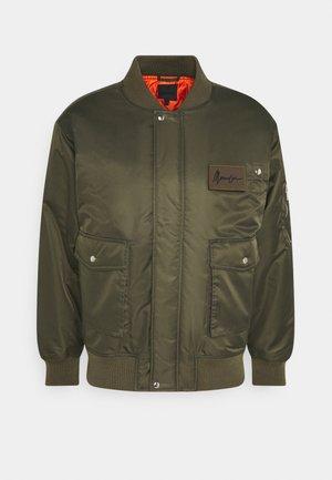 DOUBLE POCKET - Bomber Jacket - khaki