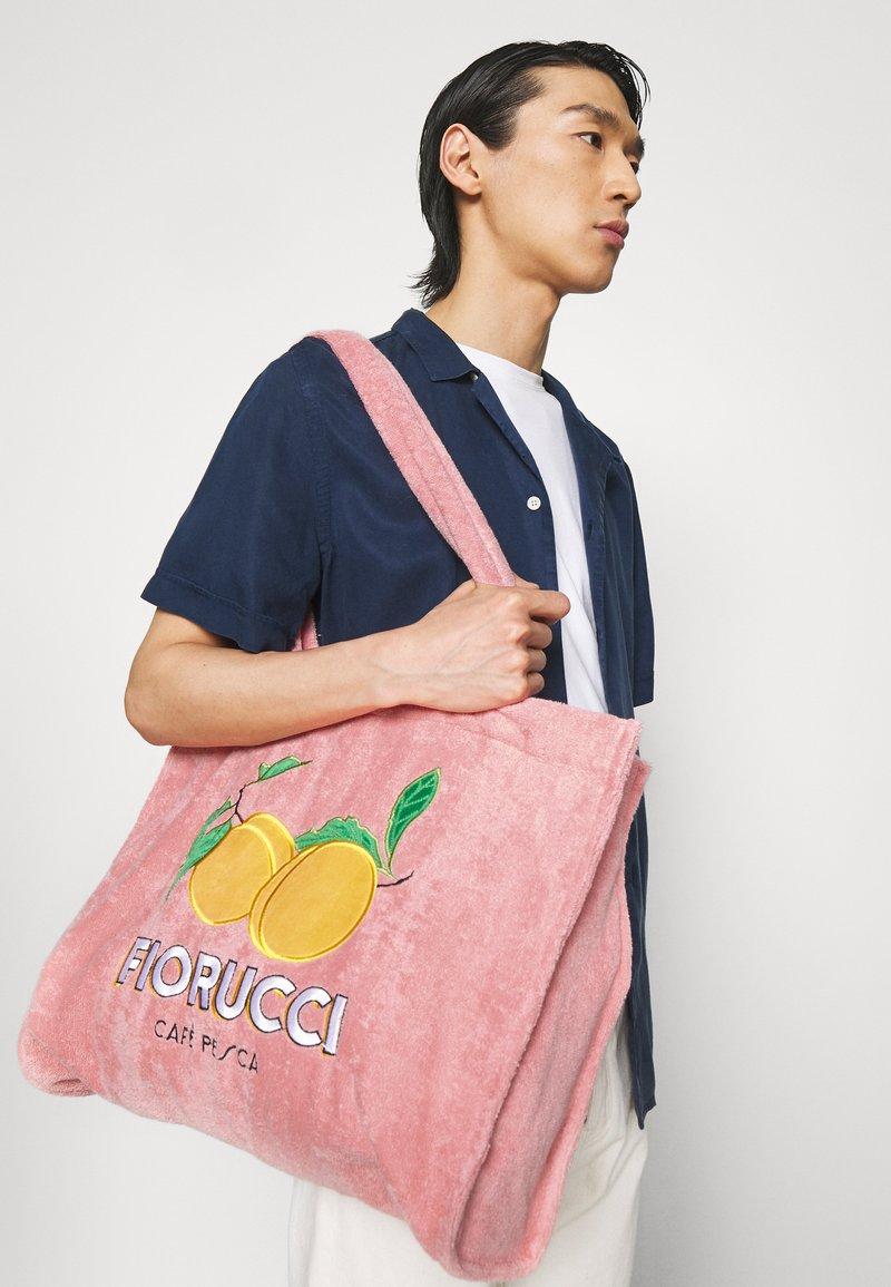 Fiorucci - LA PESCA TOWELLING TOTE BAG UNISEX - Tote bag - pink