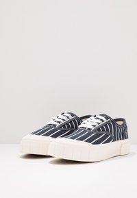 Good News - HURLER - Sneakers laag - navy - 2