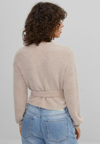Bershka - Cardigan - brown - 2