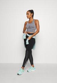Sweaty Betty - POWER MISSION HIGH WAIST WORKOUT LEGGINGS - Leggings - black - 1