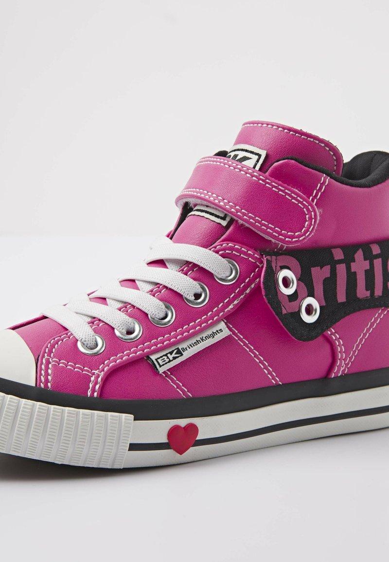 Punto de referencia lanzadera Detector  British Knights ROCO - High-top trainers - candy pink/black - Zalando.co.uk