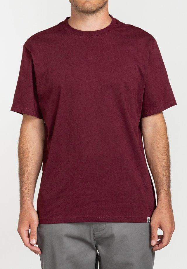 Basic T-shirt - vintage red