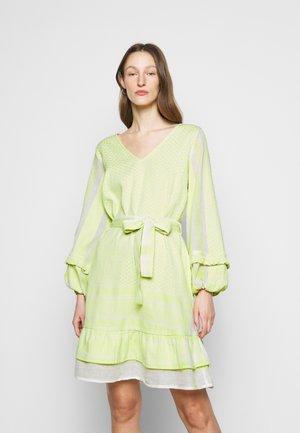 LIV - Day dress - avocado green