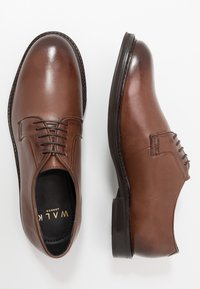 Walk London - JACOB DERBY - Smart lace-ups - brown - 1