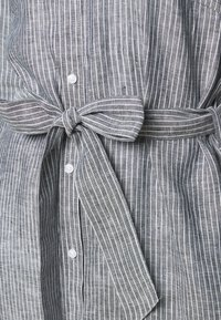 Barbour - TERN DRESS - Sukienka koszulowa - navy - 5