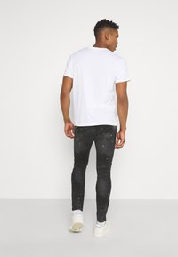 Kings Will Dream - INWOOD CARROT - Jeans slim fit - jet black - 2