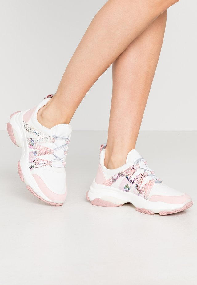 CREDIT - Sneakersy niskie - pink/multicolor