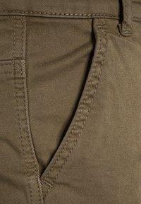 Blue Effect - BOYS PANT - Cargo trousers - oliv antik - 2