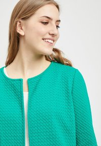 Vila - VINAJA NEW LONG JACKET - Summer jacket - pepper green - 3