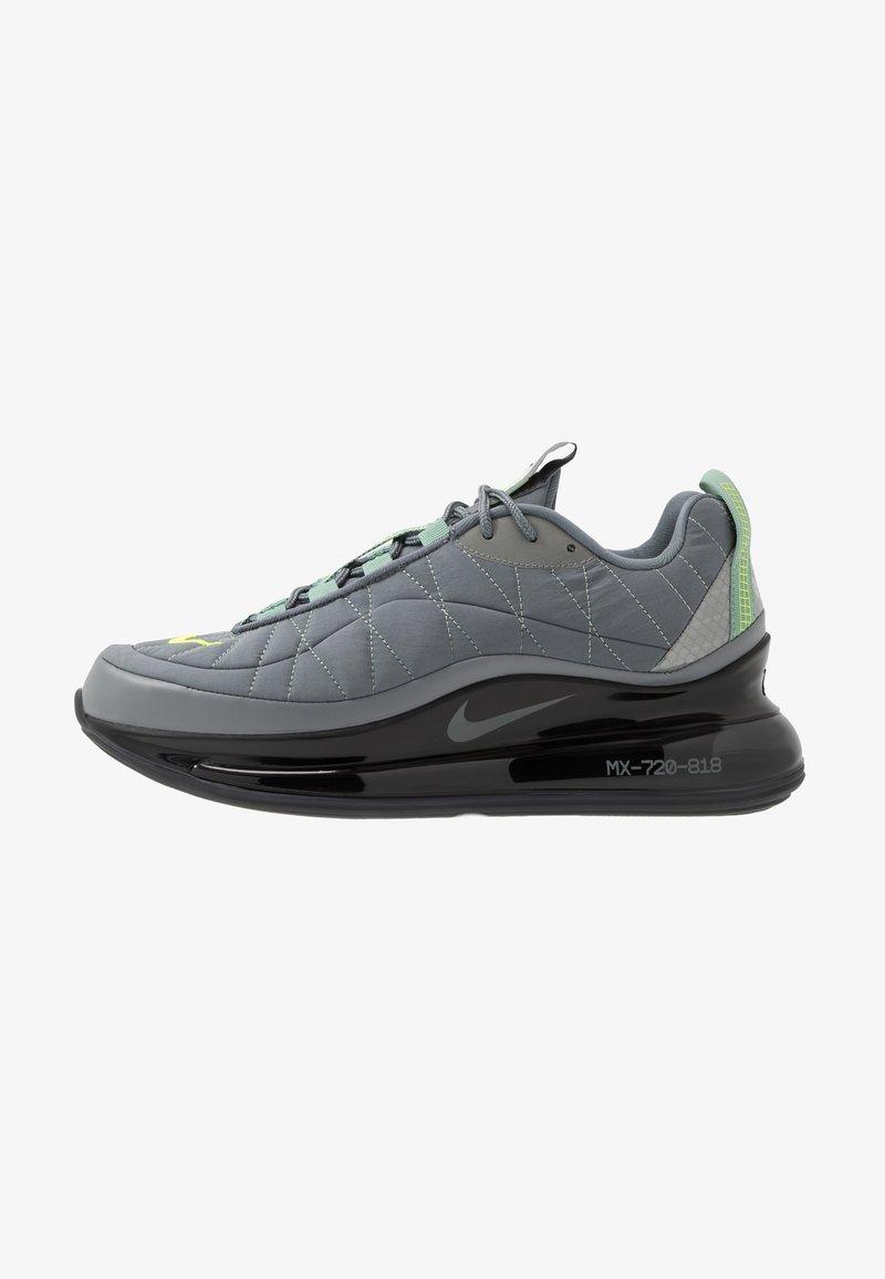 Nike Sportswear - MX-720-818 FOA - Sneakersy niskie - black/grey/volt