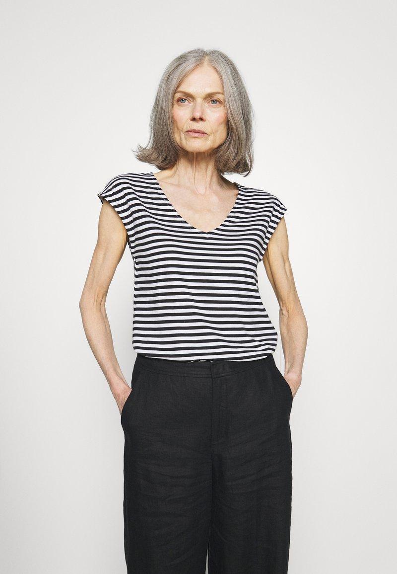 Anna Field - Print T-shirt - black/white