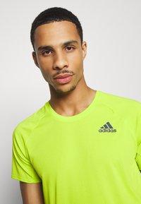 adidas Performance - ADI RUNNER TEE - T-shirt print - green - 3