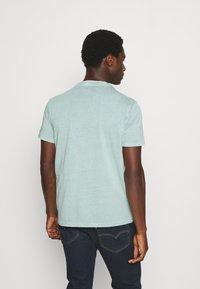 s.Oliver - T-shirt basic - light green melange - 2