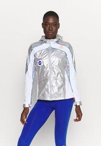 adidas Performance - SPACE - Løperjakke - silver/white - 0