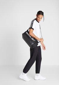Reebok - GRIP - Sports bag - black - 1