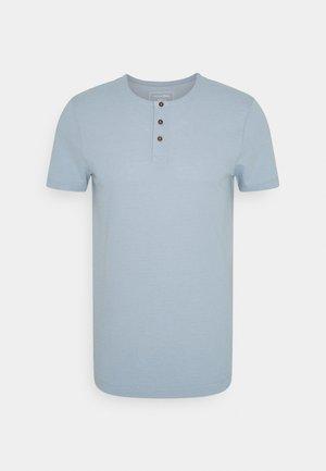 HENLEY - Basic T-shirt - foggy  blue melange