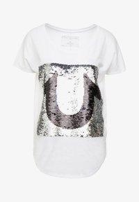 True Religion - SEQUIN TRUE - T-shirt imprimé - white - 5