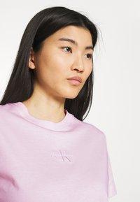 Calvin Klein Jeans - MONOGRAM LOGO TEE - T-shirt basique - pearly pink/quiet grey - 3