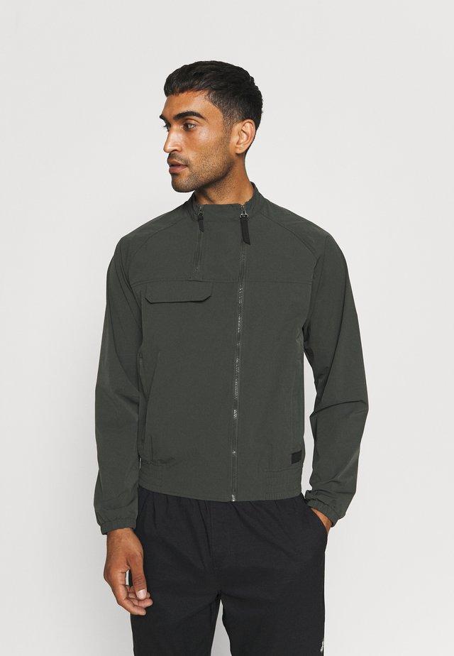 ALBERS - Waterproof jacket - dark green
