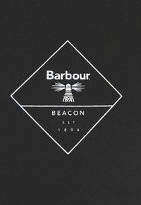 Barbour Beacon - BOX LOGO TEE - T-shirt med print - black - 2