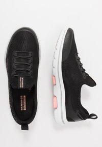 Skechers Performance - GO WALK 5 PROLIFIC - Sportieve wandelschoenen - black/pink - 1