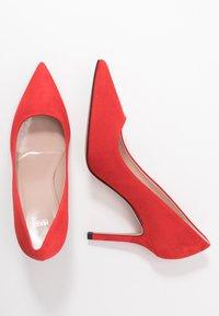 HUGO - INES  - Lodičky na vysokém podpatku - bright red - 3