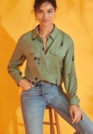 UTILITY  - Button-down blouse - green