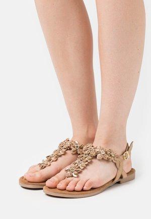 Sandaler m/ tåsplit - taupe