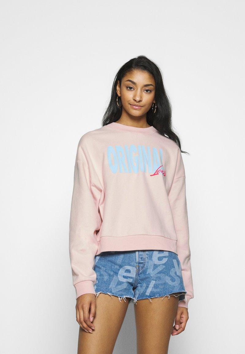 Levi's® - GRAPHIC DIANA CREW - Sweatshirt - crew original peach blush