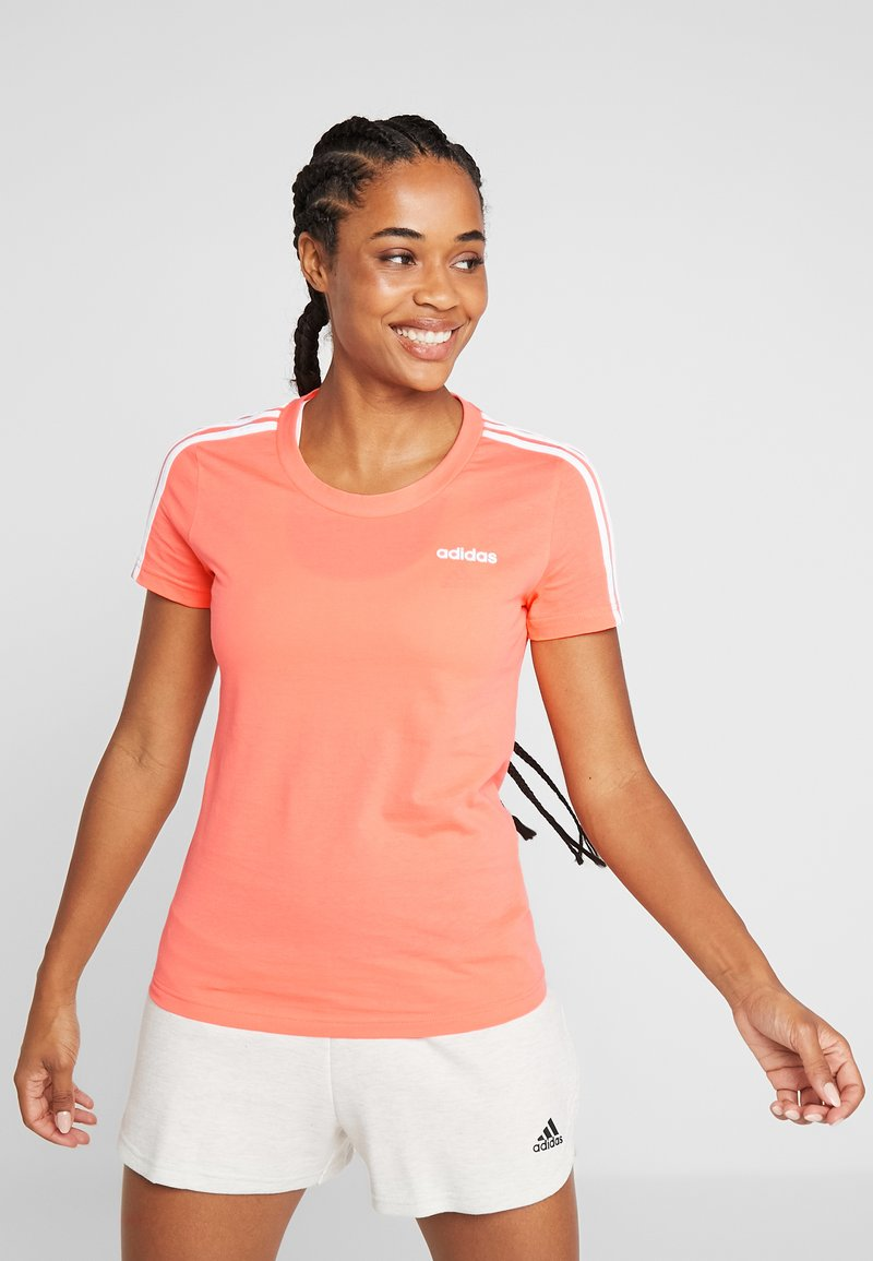 adidas Performance - ESSENTIALS 3 STRIPES DAMEN - Print T-shirt - semi coral/white