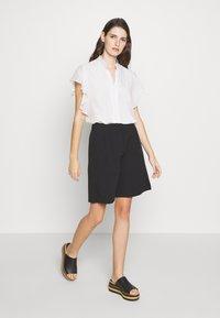 Bruuns Bazaar - RUBY WINNA - Shorts - black - 1