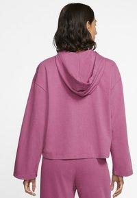 Nike Sportswear - MIT DURCHGEHENDEM REISSVERSCHLUSS - Felpa aperta - mulberry rose/villain red - 2