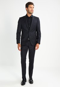 Tommy Hilfiger Tailored - SLIM FIT - Formal shirt - black - 1