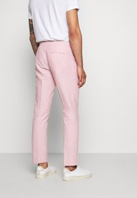 Isaac Dewhirst - PLAIN WEDDING - Suit - pink - 5