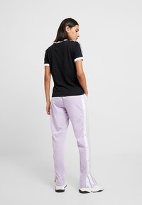 adidas Originals - T-shirt con stampa - black - 2