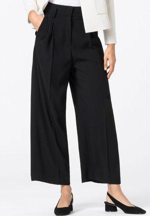 HIGH-WAIST MIT BUNDFALTEN - Pantalon classique - schwarz