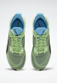 Reebok - Stabilty running shoes - green - 2