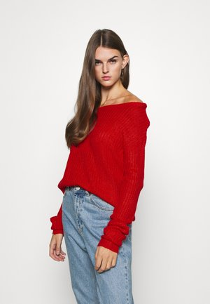 OPHELITA OFF SHOULDER JUMPER - Strikkegenser - red