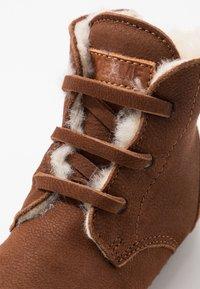 Shoesme - BABY-PROOF SMART - Dětské boty - cognac - 2