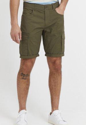 FREDO - Shorts - ivy green