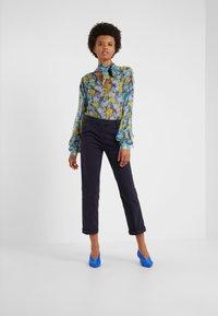 MAX&Co. - DELTA - Spodnie materiałowe - midnight blue - 1