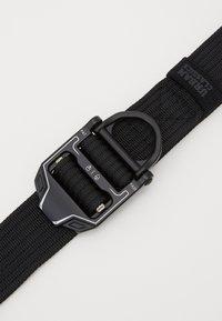 Urban Classics - TECH BUCKLE BELT - Belt - black - 2