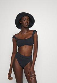 Seafolly - HIGH RISE PANT - Bikini bottoms - black - 1